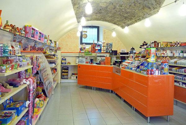 Einrichtung Tabakgeschäft Brescia, Val Camonica - Italien, Tabaccheria Pisogne